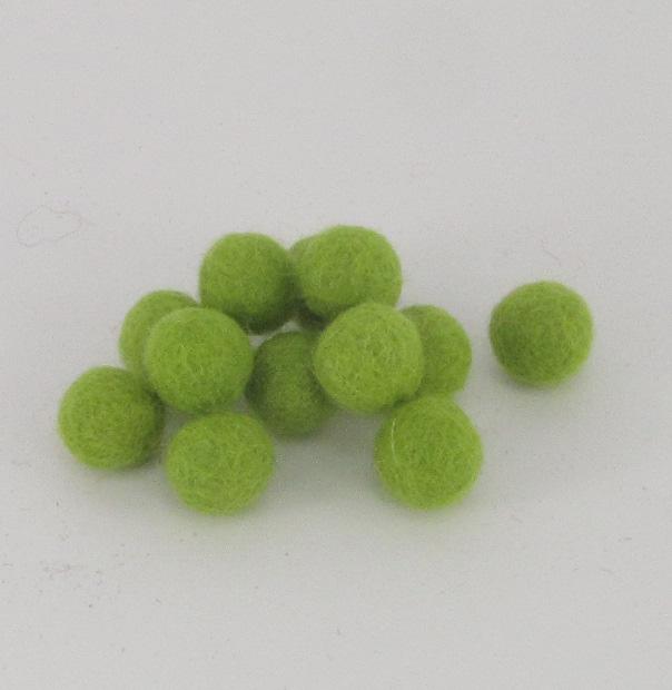 10mm villapallo keväänvihreä (26) kappaleittain