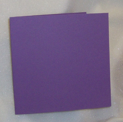 Iso neliökorttipohja violetti n.15,3x15,3cm 10kpl