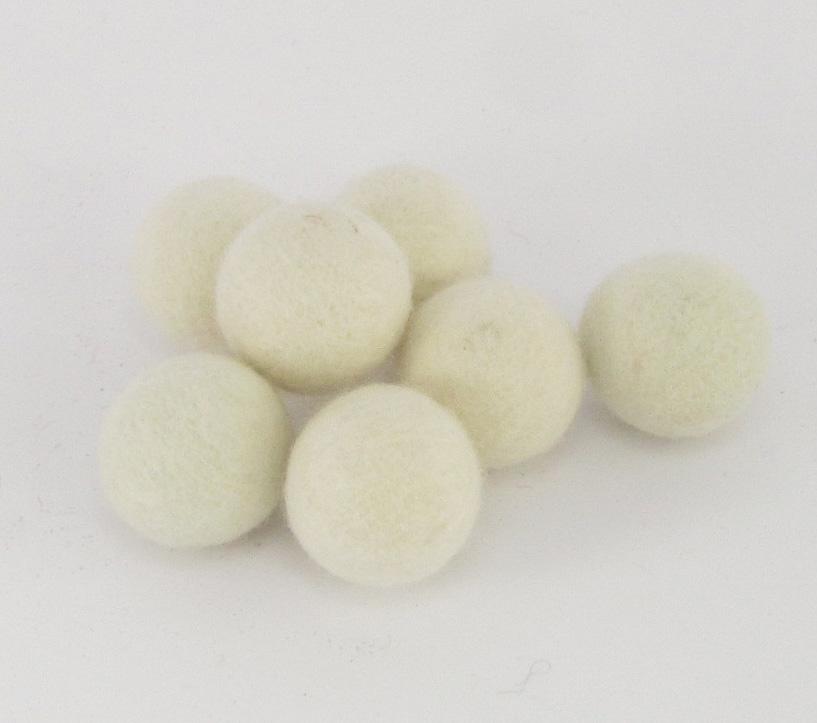 Villapallo 10mm valkea