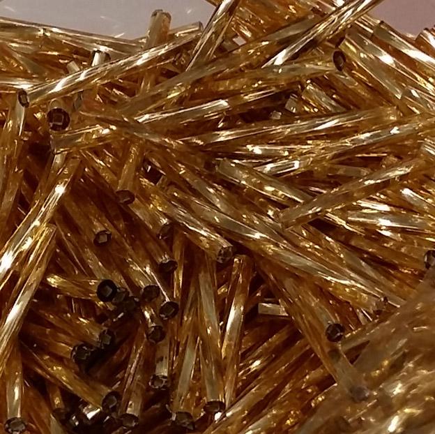 50mm kierteinen lasiputkihelmi kulta 100g