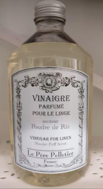 Poudre de Riz - puuteri. Mieto, hyvin makea, hienostunut. Ei jätä pyykkiin voimakasta tuoksua. Jos pidät makeista tuoksuista, on tällä hyvä aloittaa pyykkietikkakokeilu! :)